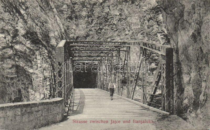 Banja Luka, Strasse zwischen Jajce und Banjaluka / bridge between Jajce and Banja Luka