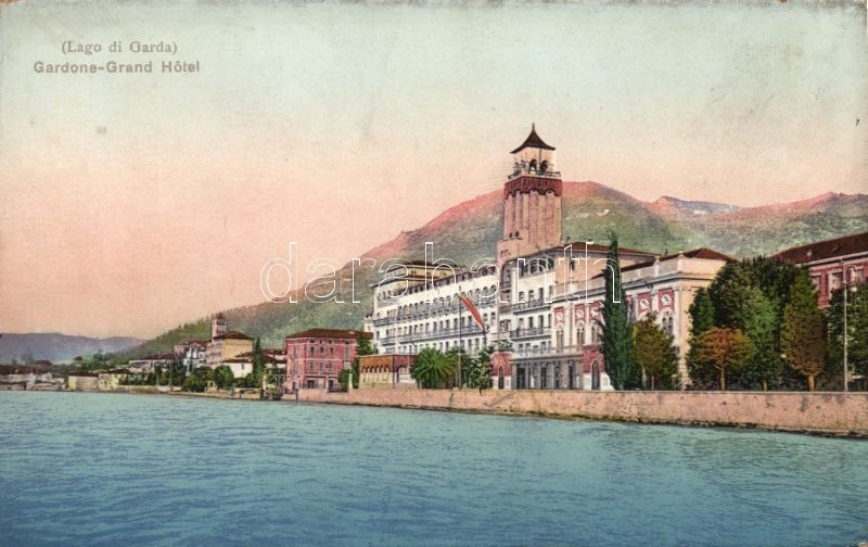 Gardone, Grand Hotel