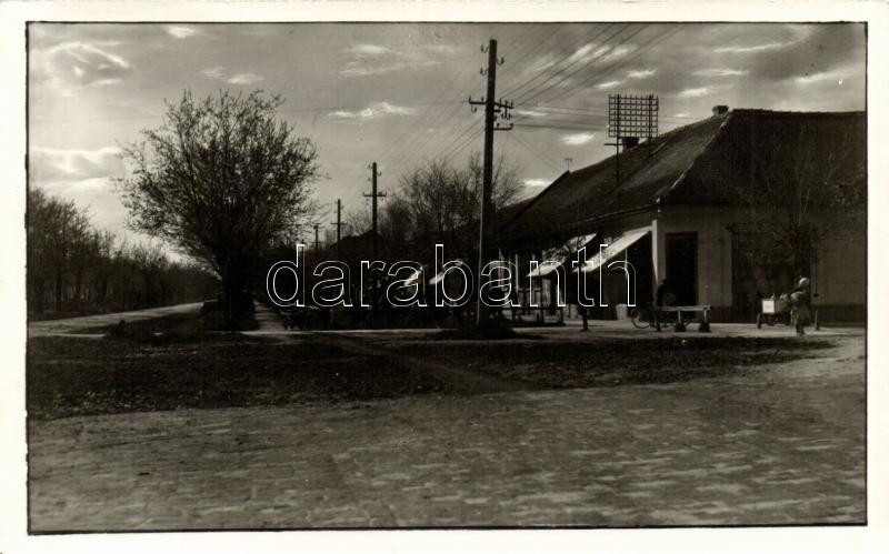 1941 Vrbas, street photo 'vissza' So. Stpl, 1941 Újverbász, utca photo 'vissza' So. Stpl