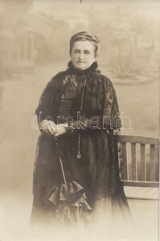 Old lady from Croatia photo, Idősebb hölgy Horvátországból photo