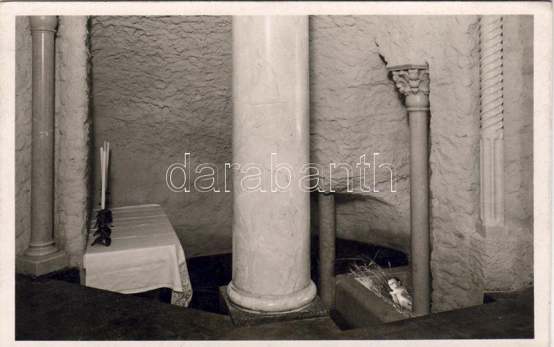 Budapest II. Magyar Szentföld, Betlehemi barlang, Három király oltára és a jászol