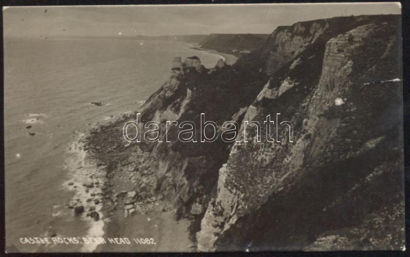 Dawlish, Castle rocks