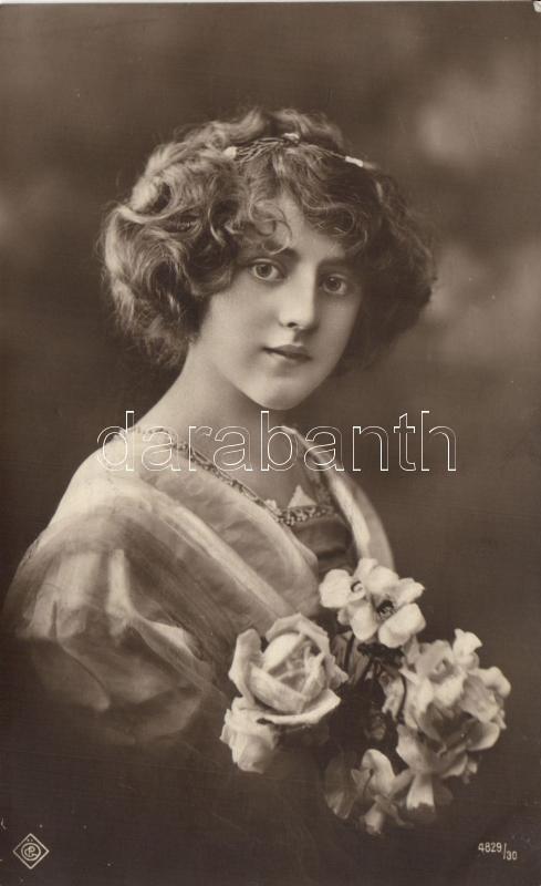 Lady with flowers, Hölgy virágokkal