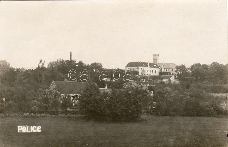 Police u Jemnice, castle, Pullitz