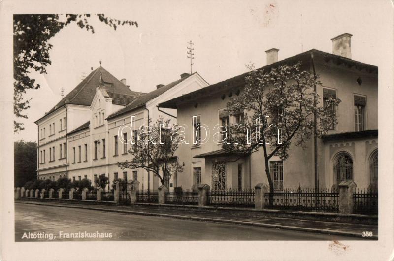 Altötting, Farnziskushause
