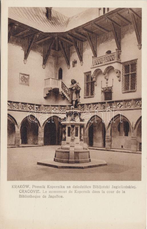Kraków, Pomnik Kopernika na dziedzincu Biblioteki Jagiellonskiej / Copernicus statue in the yard of the Jagiello library
