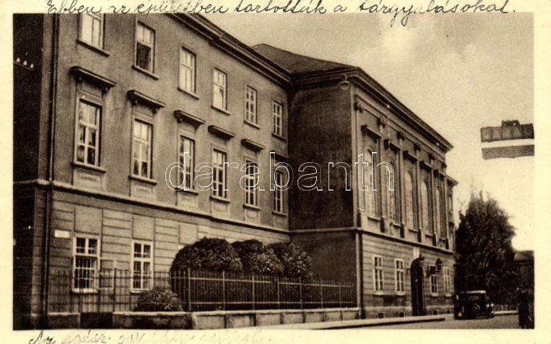 Komárno, office, street, Komárom, Járási hivatal, Köztársaság utca