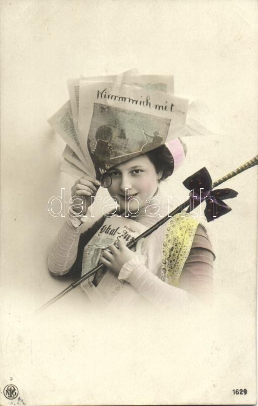 Lady with newspaper, Hölgy újsággal