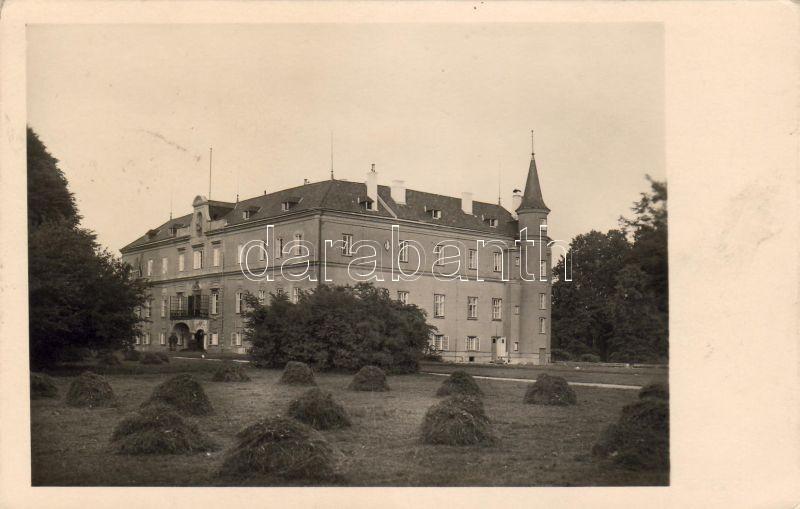 Hubertendorf castle / school, Hubertendorf kastély / iskola, Hubertendorf Schloss / Bäuerliches Volksbildungsheim
