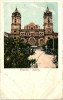 Panama City, Cathedral (wet corner)
