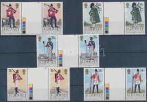 1985 Egyenruhák 5 ívközéprészes pár Mi 23-27