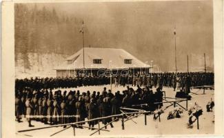 Burkut, Karpathen; Soldatenheim, Feldgottesdienst / mass ceremony for soldiers in the Carpathian region