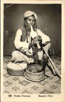 Snake charmer, Karachi (Pakistan), Kígyóbűvölő, Karacsi (Pakisztán)
