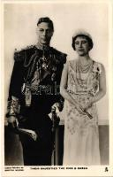 Their majesties the King & Queen; George VI and Elizabeth. Camera portrait by Dorothy Wilding, VI. György király és Erzsébet királyné
