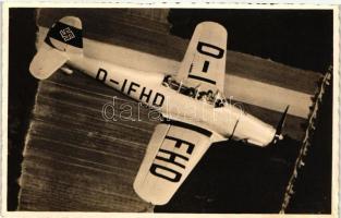 Unsere Wehrmacht. Arado Ar 96 A (Übungsflug mit einer Ar 96) / German aircraft, Német repülőgép