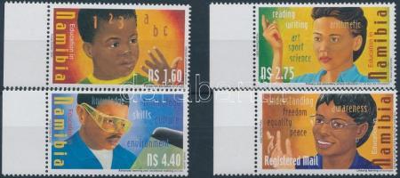 2004 Oktatás ügy ívszéli sor Mi 1128-1131