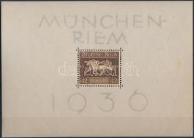 1936 Lóverseny blokk Mi 4 (halvány rozsda)