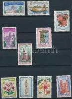 Madagaszkár 1959-1969 kis összeállítás: 40 klf bélyeg 2 lapos kis berakóban