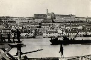 27 modern Hungarian and foreign postcards, black and white postcards, good quality, 27 db MODERN magyar és külföldi városképes lap, főként fekete-fehér lapok, jó minőségű