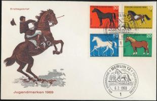 1969 Ifjúságért; Ló sor Mi 578-581 FDC
