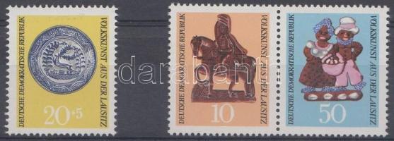 1969 Népművészet sor (közte pár) Mi 1521-1523