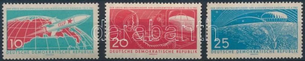 1961 1. Űrrepülés sor Mi 822-824