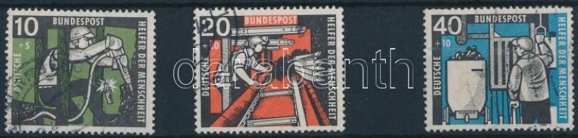 1957 Szénbányászat sor 3 értéke Mi 271-273
