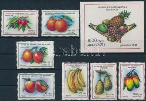 1992 Gyümölcs sor Mi 1359-1365 + blokk 189