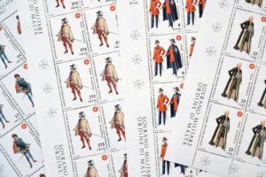 Egyenruhák sor (4 érték) teljes ívekben Uniforms set (4 stamps) in full sheets