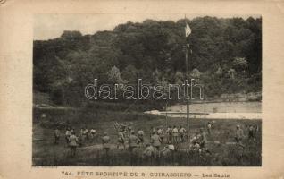 Fete sportive du 5 cuirassiers - Les Sauts / WWI French military, Sports Day of the 5th cuirassiers, jumps, I. világháború, francia katonák sportrendezvénye, távolugrás