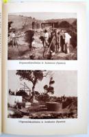 1932 Német vegyiárú forgalmazó cég képes ismertető füzete, a különböző vegyi anyagok elkészítésének módjaival, benne néhány parfüm címke / 1932 German chemical-ware company. Picture booklet with advertising. 184p. + XII.