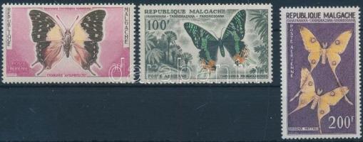 1960 Állatok 3 lepke értéke Mi 457-459
