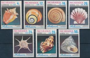 1988 Tengeri csigák és kagylók sor Mi 2887-2893