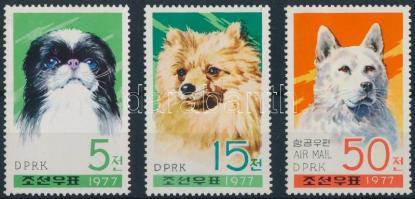 1977 Kutyák sor Mi 1662-1664