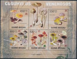 Mushrooms mini sheet, Gomba kisív