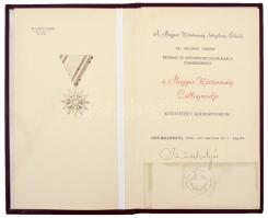1990. A Magyar Köztársaság Csillagrendje kitüntetés adományozói okirata, Szűrös Mátyás aláírásával T:I-