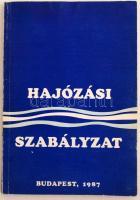 Hajózási szabályzat egységes szerkezetbe foglalt szövege. Lezárva 1986. július 15-én. Bp. 1987. Építésügyi Tájékoztatási Központ. 114 p. Kiadói papírkötésben.