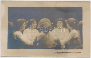 cca 1920 Ping-Pang szabadalommal készült női portré, tükrös-trükkös vintage fotó, 9x14 cm