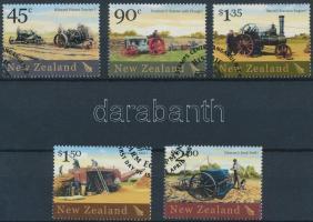 Historic farm tools set, Történelmi mezőgazdasági eszközök sor
