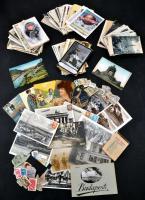 177 db RÉGI képeslap és egy képeslap füzet, pár modern lappal, valamint két tasak bélyeg és egy 1934-es használatlan zsebnaptár; a képeslapok között több Zeppelines, valamint egy valódi hajjal díszített lappal, vegyes minőség. Rendkívül érdekes, tartalmas tétel, megtekintésre ajánlott! / 177 old postcards with a few moderns with 2 packets of stamps and an unused 1934 pocket calendar; among the postcards some cards with the airship Zeppelin and one decorated with real hair, mixed quality. Very interesting lot, its well worth seeing!