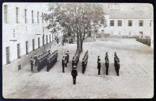 cca 1920 M. kir. folyamőrők a Folyamőrség laktanyájának udvarán fotólap / Hungarian Danube Fleet soldiers