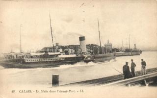 Francia 'La Malle' gőzös a kikötőben, Calais, La Malle dans l'Avant-Port / French steamer 'La Malle' at the port