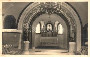 Ismeretlen város, kápolna belső, photo