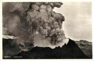 Naples, Napoli; eruzione de Vesuvio / eruption of the Vesuvius - 4 old postcards