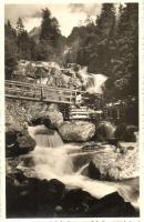 Tátra, Magas Tátra, Vysoké Tatry; vízesés, fahíd / Studenovodsky waterfall, wooden bridge