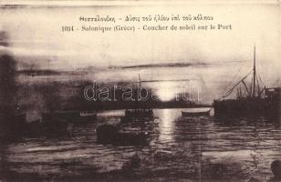 Thessaloniki, Salonique; Coucher de soleil sur le Port / port, ships