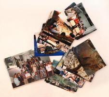 cca 1992 dr. Gaál Gábor a Magyar Állami Földtani Intézet igazgatójának fotói nemzetközi konferenciáról cca 30db, 10x16cm+ az igazgatónak szóló hivatalos levél a Dél-Afrikai Köztársasággal kapcsolatban
