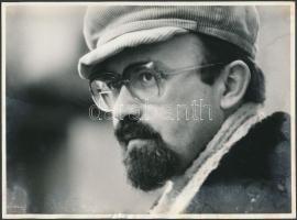Markó Béla (1951-) erdélyi magyar költő és író, tanár, szerkesztő, politikus fotója, 18x24cm