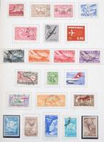 Repülés + militária + tudomány tartalmas motívum gyűjtemények rengeteg tengerentúlival, teljes sorokkal csavaros albumban, a használatlan bélyegek filázva