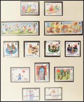 Európa CEPT gyűjtemény a jó kiadásokkal, kisívekkel, bélyegfüzetekkel 1956-2006 7 db falcmentes előnyomott albumban + 2 berakóban / Collection with better issues, minisheets, stamp booklets, etc. in 7 hingeless albums + 2 stockbooks